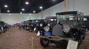 Шедевры автомобильного искусства / Curator's vault (01-13 серии из 13)