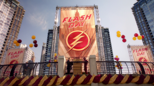 Флэш / The Flash (2 сезон: 1-23 серия из 23) | BaiBaKo
